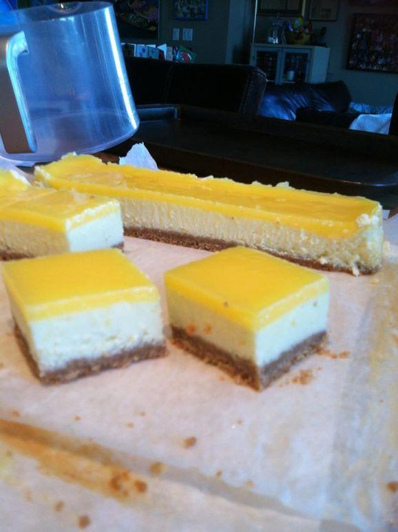 Lemon curd cheescake squares - FC