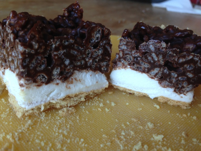 Smores rice krispie treats-Kelloggs4
